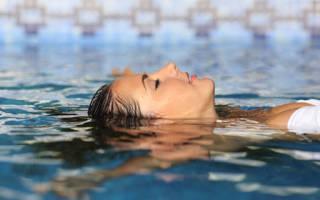 Сонник плавать в большой воде. К чему снится Плавать в Воде? Сонник от А до Я