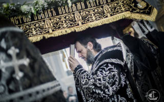 Погребение плащаницы в страстную пятницу служба. Вынос плащаницы